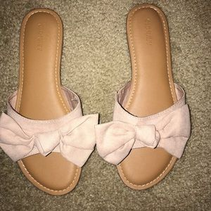 Old Navy Bow Sandals